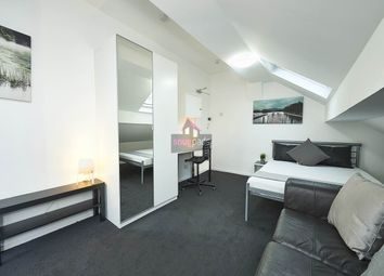 Thumbnail Studio to rent in Gildabrook Road, Salford, Manchester