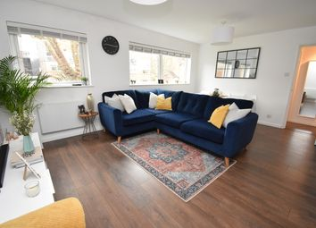 2 bed flat for sale in Manor Road, Sidcup DA15