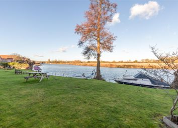 Thumbnail 3 bedroom end terrace house for sale in Fishermans Wharf, Abingdon