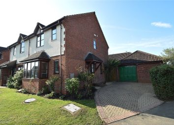 Cranesbill Drive, St Peters, Worcester, Worcestershire WR5. 3 bed semi-detached house