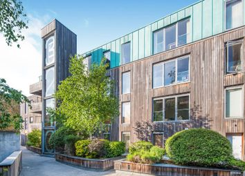 Thumbnail 2 bed flat for sale in 16 Balham Grove, Balham