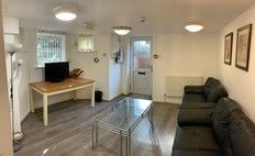 3 bed flat to rent in Parsonage Basement, 3 Bed, Withington, Manchester M20