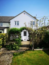 Thumbnail 2 bed cottage to rent in Grove Hill, Highworth, Swindon