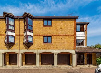 Thumbnail 1 bed flat to rent in Bramber Court, Brentford