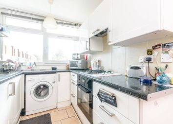 2 bed maisonette for sale in Glengall Road, Peckham SE15