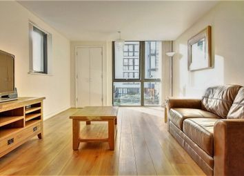 Thumbnail 2 bed flat to rent in Canalside Square, Islington
