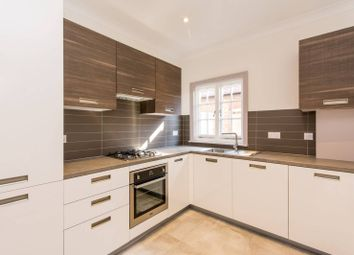Thumbnail 3 bed flat to rent in Dartmouth Road, Mapesbury Estate