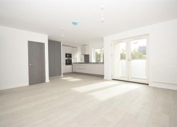 Thumbnail 2 bed flat to rent in Princes Road, Kew, Richmond