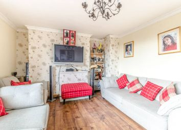 Thumbnail 3 bedroom flat for sale in Nightingale Road, Islington