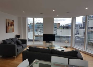 Thumbnail 3 bed flat to rent in Lamb Walk, London