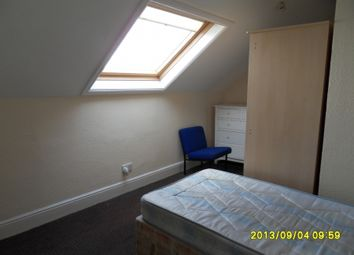 Thumbnail Room to rent in Room 7, Highfield Road