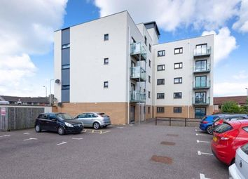 Thumbnail 2 bed flat to rent in Bellfield Street, Dundee