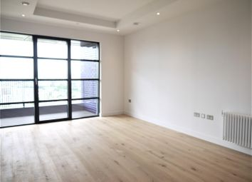 1 bed flat to rent in Lookout Lane, London City Island, Canning Town E14