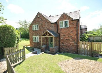 Thumbnail 3 bed cottage to rent in Holmes Chapel Road, Over Peover, Knutsford