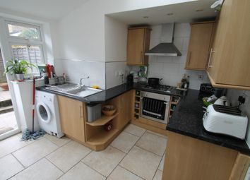 2 bed semi-detached house to rent in Sydney Road, Woodford Green IG8