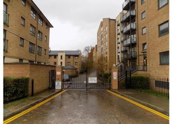 Thumbnail 2 bed flat to rent in Regents Court, Woking, Woking