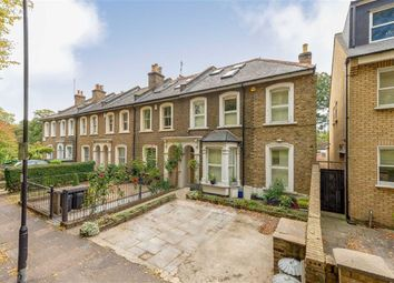 Thumbnail 4 bed property to rent in Hardwicke Road, London