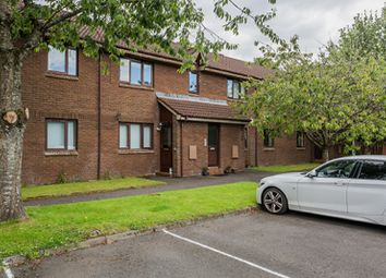 Thumbnail 2 bed flat for sale in Woodmill, Kilwinning