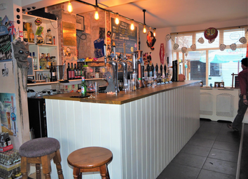 Thumbnail Pub/bar for sale in Licenced Trade, Pubs & Clubs LN1, Lincolnshire