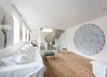 Thumbnail 3 bed property to rent in Notting Hill Cobbled Mews, London