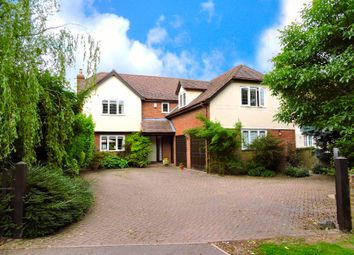 Thumbnail 5 bed detached house to rent in Causeway End, Felsted