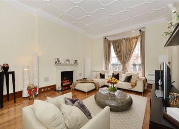 Thumbnail 2 bedroom maisonette for sale in Green Street, Mayfair, London