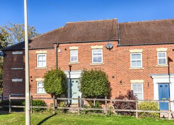 Thumbnail 4 bed town house to rent in Broad Lane, Bracknell