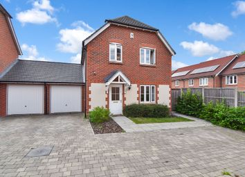 3 bed link-detached house for sale in Perch Close, Ashford TN23