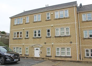 Thumbnail 3 bedroom flat for sale in Holland Park, Bradford, West Yorkshire