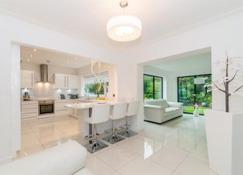 Thumbnail 3 bedroom detached house for sale in Foxhill Green, Weetwood