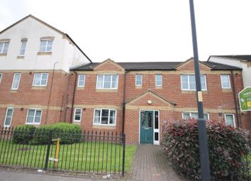 Thumbnail 2 bedroom flat to rent in Essington Road, Willenhall