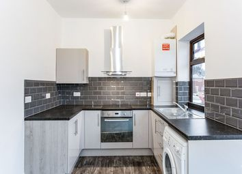 2 bed flat to rent in Blackpool Road, Ashton-On-Ribble, Preston PR2