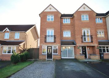 Thumbnail 3 bed town house for sale in Hampton Court Way, Widnes