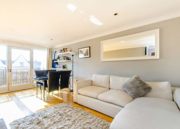 Thumbnail 2 bedroom flat to rent in Essex Road, Islington