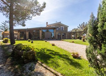 Thumbnail 10 bed town house for sale in Sr 74, Km 57, 148, 58017 Loc Collina, Pitigliano Gr, Italy