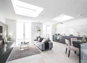 Thumbnail 2 bedroom flat for sale in Ennismore Gardens, London