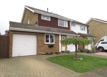 Thumbnail 3 bed property for sale in The Lawns, Everton, Sandy
