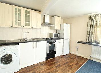 Thumbnail Studio to rent in Raymond Road, Ilford