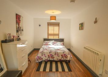 Thumbnail 1 bed flat to rent in Lawrence Street, York