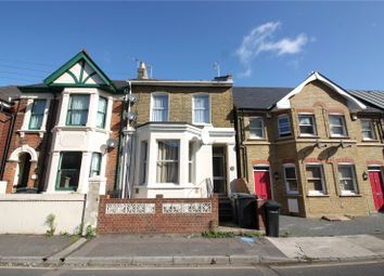 Thumbnail 1 bed flat to rent in Darnley Street, Gravesend, Kent