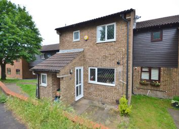 Thumbnail 4 bed terraced house for sale in Spoondell, Dunstable