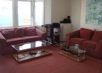 3 bed maisonette to rent in High Street North, London E6