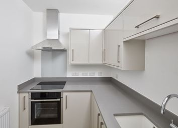 Thumbnail 3 bedroom flat to rent in Kings Parade Avenue, Clifton, Bristol