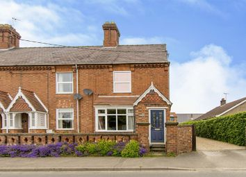 Thumbnail 2 bed cottage for sale in Church Lane, Navenby