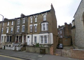 Thumbnail 3 bed flat to rent in Cricketfield Road, London