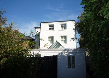 Thumbnail Studio to rent in Princes Road, Weybridge