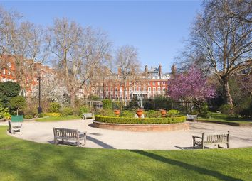 Thumbnail 4 bed flat for sale in Cadogan Square, London