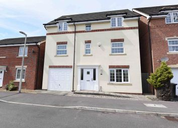Thumbnail 4 bed detached house for sale in Horse Guards Way, Thatcham