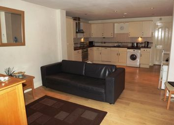 Thumbnail 2 bed flat to rent in Brunswick Hill, Reading