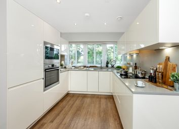 Thumbnail 4 bedroom terraced house for sale in Broadwater Gardens, London